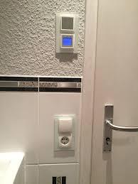 steckdosen badezimmer berker schalter steckdosen und unterputzradio s 1 polarweiß matt