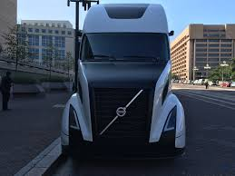 used volvo semi volvo shows off its supertruck achieves 88 freight efficiency boost