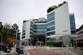 bureau canal plus a picture shows the headquarters of television canal
