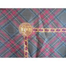 plaids en laine chanel scarf foulard chanel en laine et soie motif écossais red