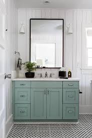 Bathroom Ideas Paint Best 25 Bungalow Bathroom Ideas On Pinterest Craftsman Bathroom