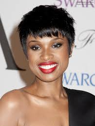 Jennifer Hudson Short Hairstyles Jennifer Hudson Wearing Her Black Hair In A Short Pixie With Bangs