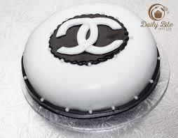 my 1st fondant cake u2013 chanel fondant cake u0026 cupcakes cooking and