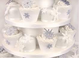cupcake wedding cakes snowflake sparkly cupcakes inspiring wedding