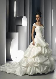 Playing Favorites Designers U0027 Wedding by Dress Design Yourself Singapore Wedding Dresses Design Your Own