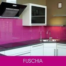 crédences de cuisine en verre laqué sur mesures verre laqué sur mesure fuschia pour crédence de cuisine