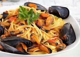 come cucinare code di gambero spaghetti con cozze e gamberi buonissimo
