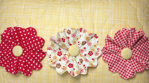 how to make fun frilly fabric flowers youtube