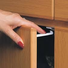 kitchen cabinet locks baby 49 baby safety cupboard catches wide grip cupboard latches child