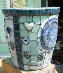 How To Make A Mosaic Table Top How To Make Your Own Mosaic Table Sure Looks Like A Craft That I