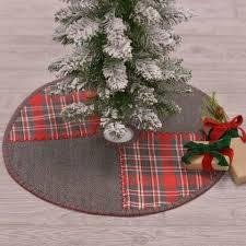 primitive christmas tree christmas tree skirts at primitive quilt shop