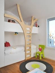 Bunk Bed Ladder A Unique Tree Trunk Bunkbed Ladder Tree Trunks Unique And Room