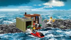 lego kitchen island 60131 crooks island products city lego com kitchen