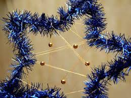 Christmas Decorations Blue And Gold by Dark Blue And Gold Christmas Colors Modern Christmas Decorating Ideas
