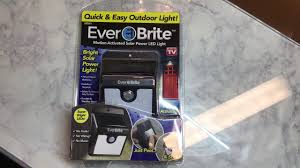 everbright solar light reviews ever brite outdoor light as seen on tv review youtube