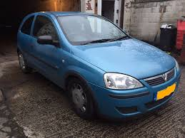 vauxhall corsa c 1 2 3 door 2003 in blue 11 months mot in armley