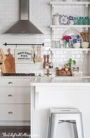 15 amazing white modern farmhouse kitchens city farmhouse