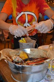 joes crab shack joe s crab shack now in the uae the tezzy files