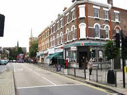 free wifi tube 5 mins cheap studio apartment in london zone 2