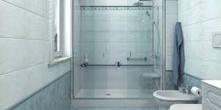 trasformare una doccia in vasca da bagno come trasformare una vasca in doccia per gli anziani