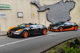 worst bugatti crashes images of 2016 bugatti veyron crash sc