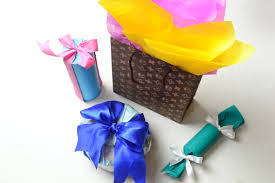 gift wrapping ribbon 4 ways to wrap cylindrical gifts wikihow