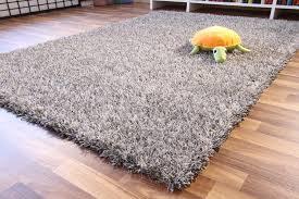 tappeto a pelo lungo tappeto grigio pelo lungo idee per il design della casa