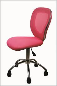 Desk And Chair For Kids by Guidelines In Choosing Kids Desk Chair For Your Lovely Kids Carucior