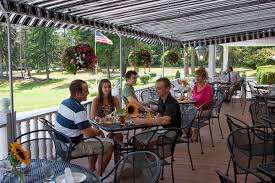 Patio Dining Restaurants by Cayuga County Hotels Lodging Finger Lakes Lodging Tour