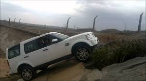 land rover discovery 4 off road landrover discovery 4 offroad india 45 degree inclination youtube