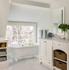 Wonderfull Clawfoot Tub Bathroom Designs EwdInteriors - Clawfoot tub bathroom designs