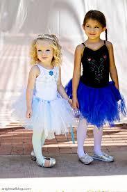 Halloween Costume Elsa Frozen 25 Frozen Halloween Ideas Olaf Frozen Costume