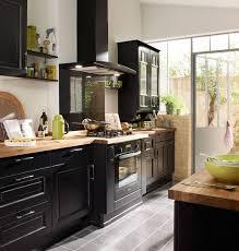 cuisine noir et cuisine noir et pose de cuisine menuisier prs