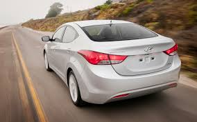hyundai elantra 1 8 fuel consumption 2012 hyundai elantra term update 1 motor trend