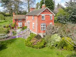 5 bedroom detached for sale in herefordshire