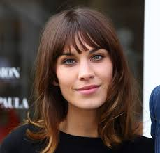 the best short haircuts for your face shape verily