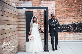 wedding photographers in maryland dez and melvin s wedding at the accelerator space in baltimore md