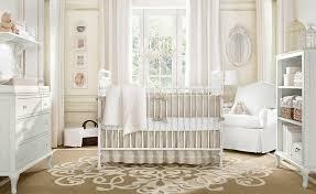 kinderzimmer landhausstil babyzimmer in weiß einrichten aber mit farbe dekorieren