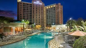 best 25 plaza design ideas orlando hotel crowne plaza orlando universal blvd