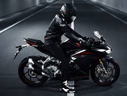 honda cbr details and price honda cbr250rr unveiled in indonesia price specification feature