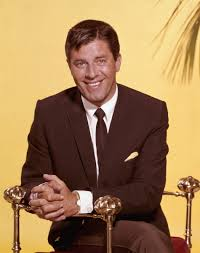 comedy legend jerry lewis dies 91 biography