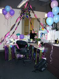 Cute Cubicle Decorating Ideas by Office Cubicle Birthday Surprise Surprise Party Themes