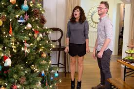 Hgtv Holiday Home Decorating See Tiffani Thiessen U0027s Home For The Holidays Hgtv