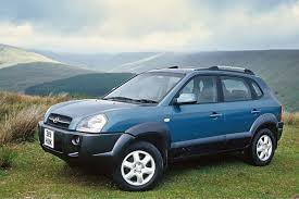 hyundai tucson hyundai tucson 2004 car review honest john