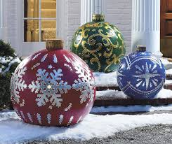 outdoor lighted ornaments deco