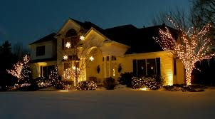 Hire Outdoor Lighting - 7 reasons you should hire louisville christmas lighting