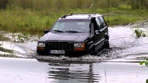 jeep water jeep zj water crossing youtube