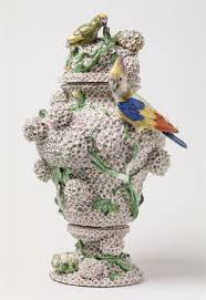Meissen Vase Value A Rare Early Meissen Porcelain Snowball Vase Auktionshaus Lempertz