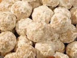 christmas cookie balls with powdered sugar christmas lights