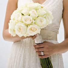 fleurs blanches mariage mariage en fleurs 60 bouquets de fleurs pour une future mariée